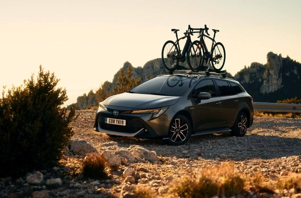 Test: TOYOTA COROLLA 2,0 HSD TOURING SPORTS TREK | 2020