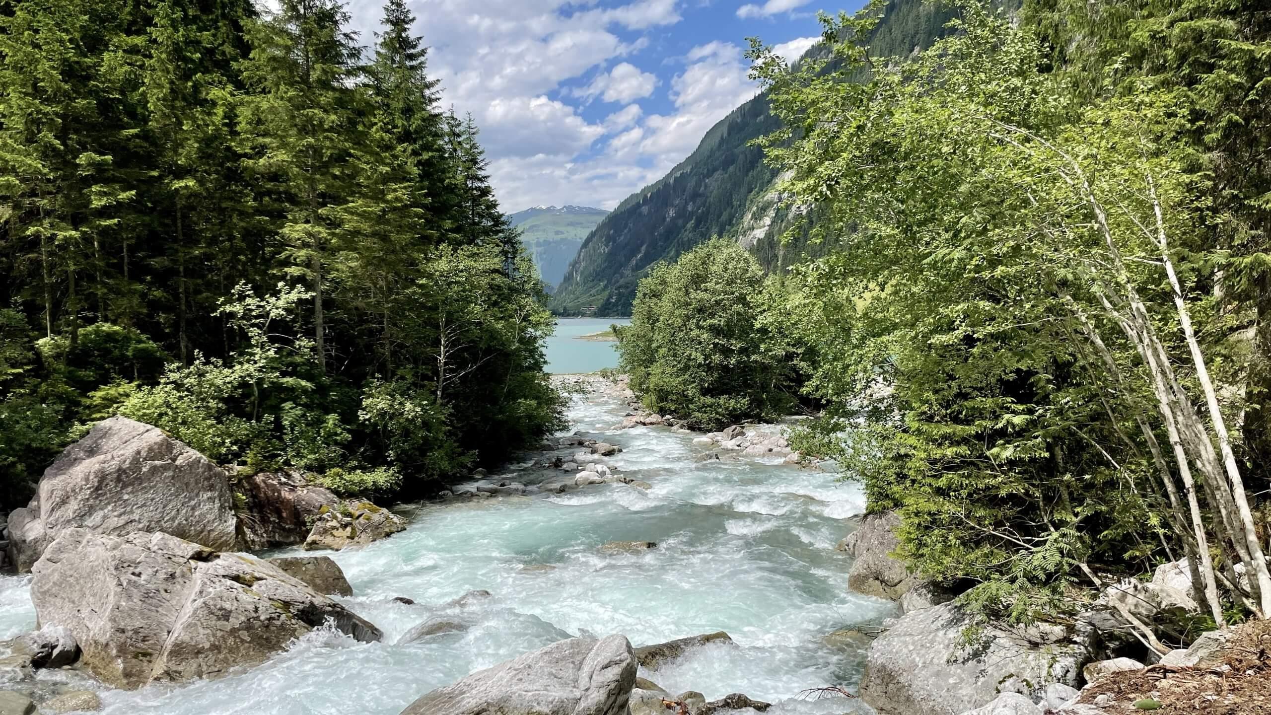 , Der neue Wasserfallweg im Stilluptal Herrlich erfrischend wandern., Travelguide.at